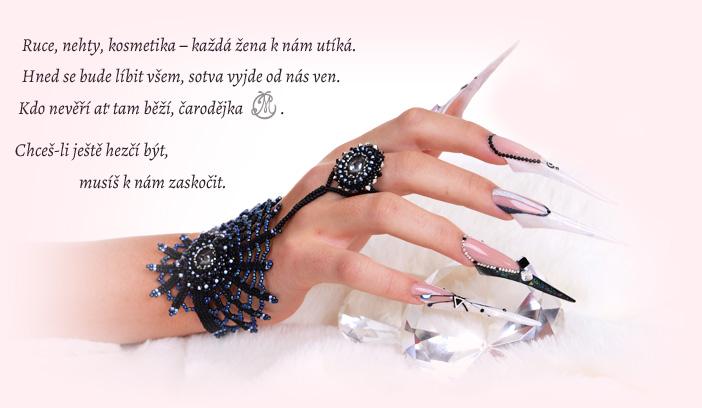 Ruce, nehty, kosmetika - každá žena knám utíká.